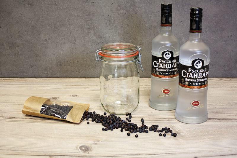 Gin selber machen Alkohol basis Vodka Zubehör